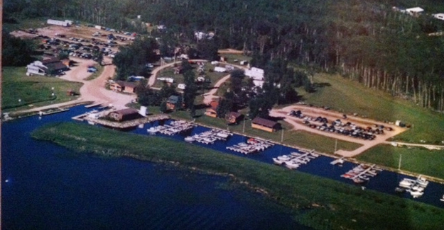 Young's Bay Resort - Resort located at the Northwest Angle
